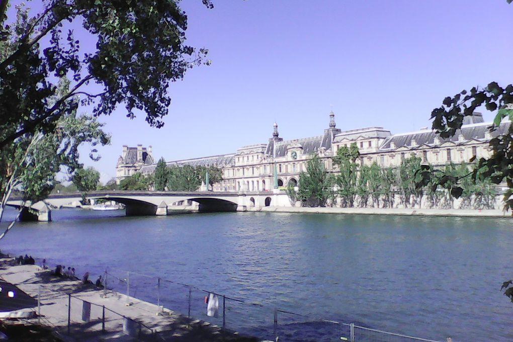 Soleil de septembre sur les quais de Paris