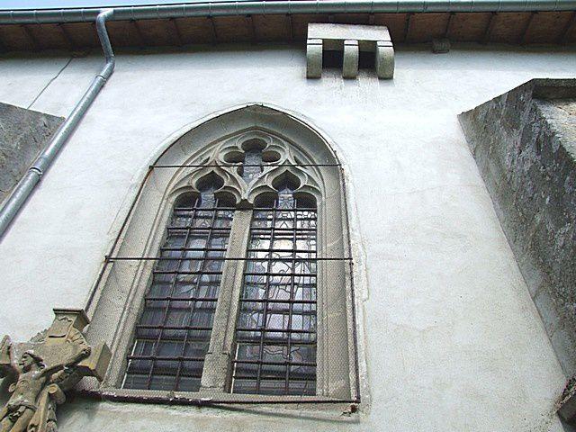 Diaporama église fortifiée de Creuë