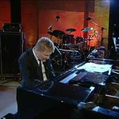 """""""Non abbiam bisogno di parole"""": Ron canta la forza dell'amore - La musica che gira intorno..."""