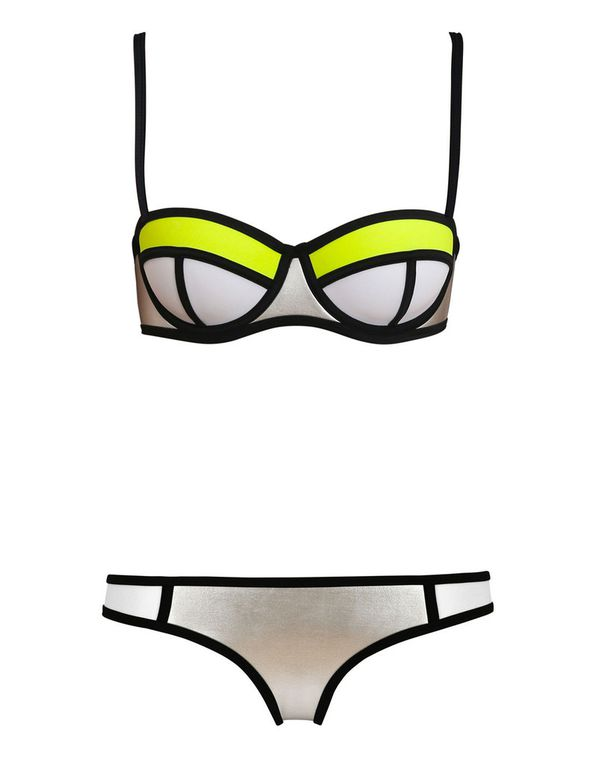 Maillot Triangl et son dupe ; )