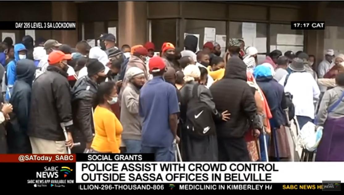 Je vous conseille de regarder le reportage de SABC ci dessous, dont est extrait cette impression d'écran