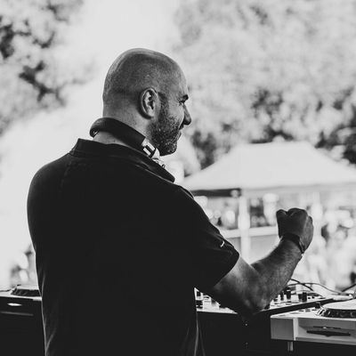 Techno: Montpellier, le Streaming de Family Piknik depuis le Toît du Corum.