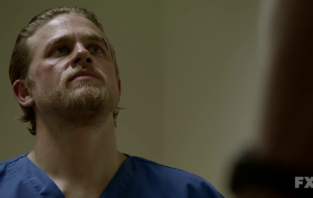 Critiques Séries : Sons of Anarchy. Saison 5. Episode 3. Laying Pipe.
