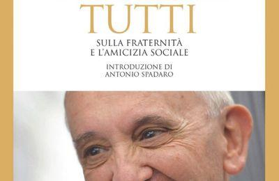 """Publication de """"Fratelli tutti"""", l'encyclique sociale du Pape François"""