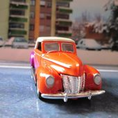1940 FORD CONVERTIBLE CAPOTEE HOT WHEELS 1/64 - car-collector.net