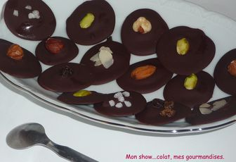 MENDIANTS CHOCOLATES