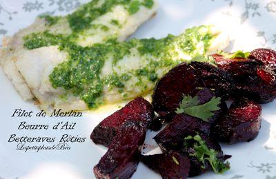 Filet de merlan au beurre d'ail et betteraves rouges rôties