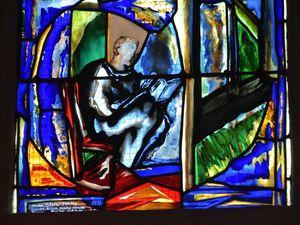 Regard sur trois vitraux les plus récents de la cathédrale de Quimper