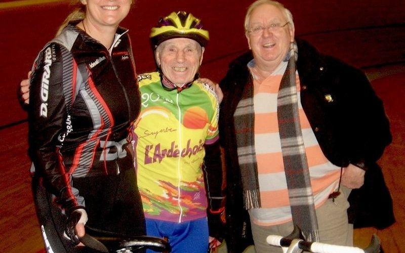 Record de l'heure en cyclisme de Robert Marchand 104 ans