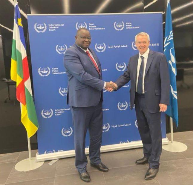 Signature d'un accord de coopération entre la CPI et le gouvernement centrafricain