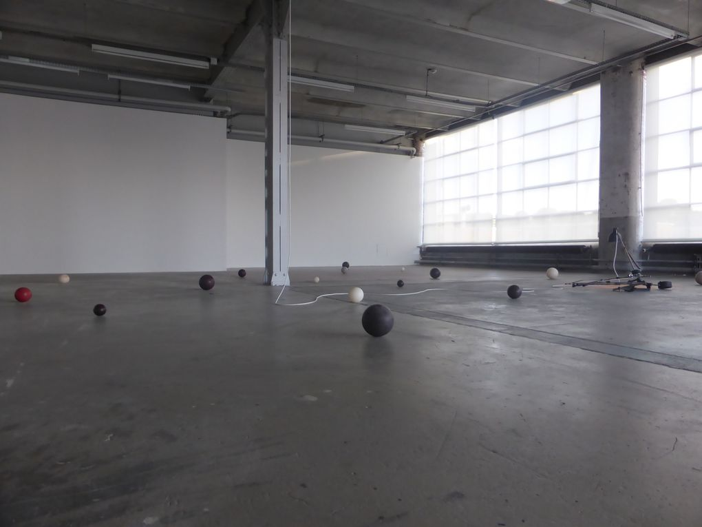 The Promise of Moving Things, Centre d'art contemporain d'Ivry – le Crédac © Le curieux des arts Gilles Kraemer, octobre 2014