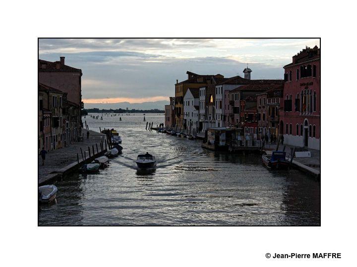 Flâner dans Venise, une occasion de sortir des sentiers battus et de photographier des aspects insolites de cette ville.