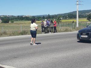 Des harkis mécontents au péage d'autoroute à Manosque (04)