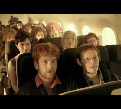 Lord of The Rings : Air New Zealand safety instructions