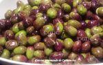 Olives violines cassées fait maison