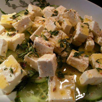 Salade de Concombre au Feta Vinaigrette Miel et Thym