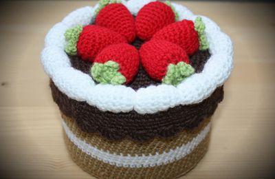 Un gâteau au crochet - Serials Crocheteuses n°105