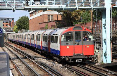 Découvrir le métro de Londres et son matériel roulant