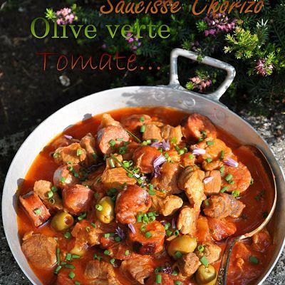 sauté de porc aux saucisses chorizo aux olives