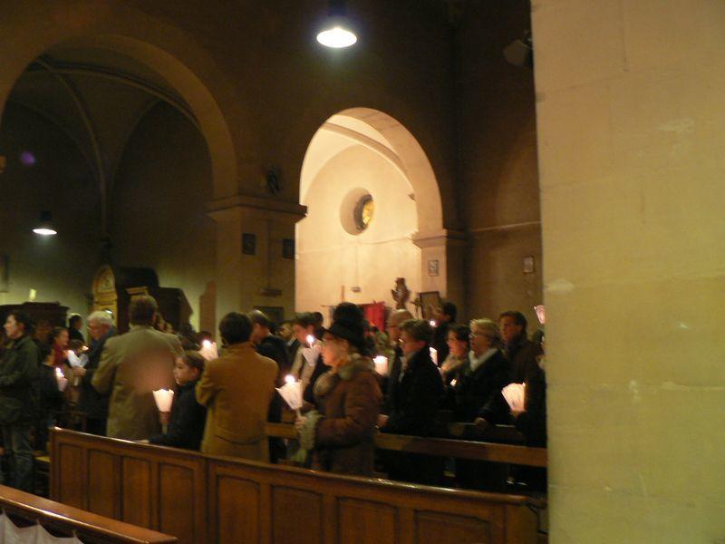 Procession de l'Immaculée Conception, le dimanche 4 décembre 2011, suivie du renouvellement de la consécration de l'Institut du Christ Roi et de la Chapelle Saint François à la Sainte Vierge et du Salut du Saint Sacrement.