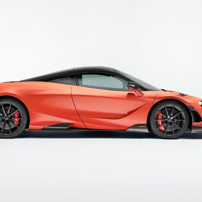 [Look] McLaren 720S vs McLaren 765LT