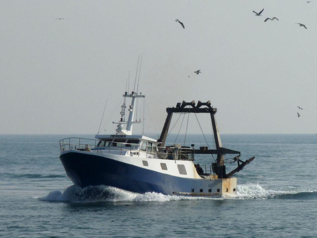 MERIDIEN  MT 568581 , dans le golfe de Fos sur Mer et rentrant au port de Port de Bouc