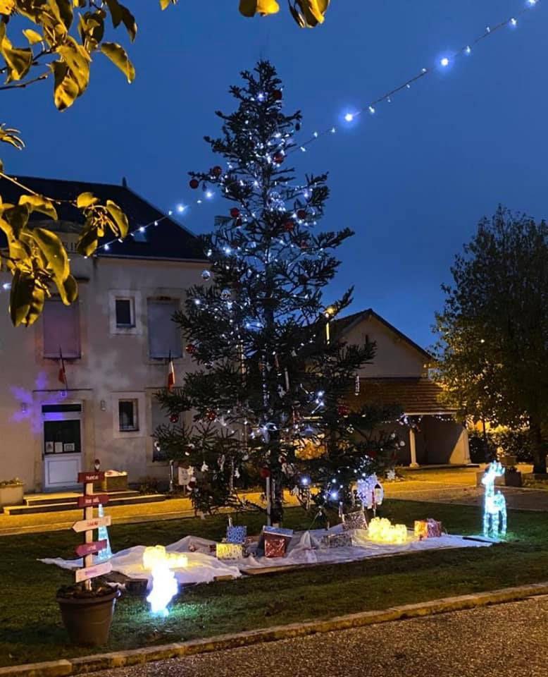 Les décorations de Noël à Méry-sur-Cher