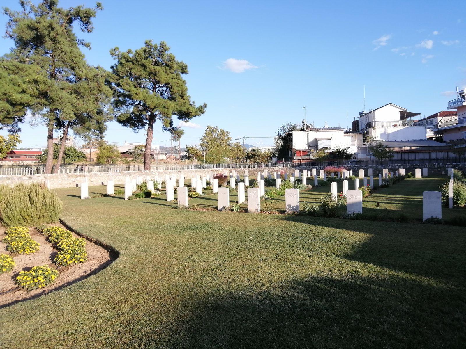 Au cimetière indien de Thessalonique
