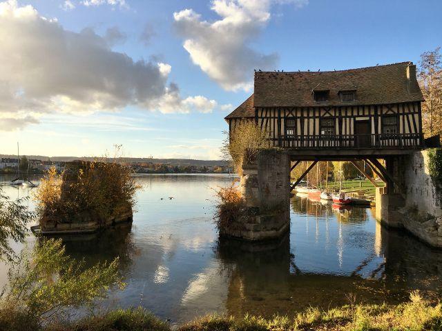 Vernon , le vieux moulin
