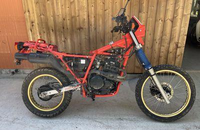HONDA XL 600 PARIS DAKAR