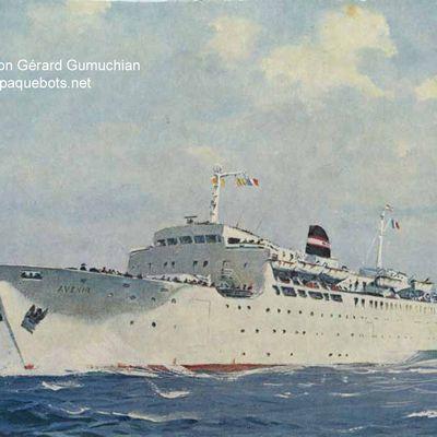 """Paquebot car-ferry """"Avenir"""" : l'unique ferry de la Compagnie de Navigation Mixte"""