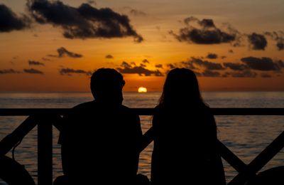 Get Smart Tactics To Enthral A Girl You Love From A Vashikaran Expert