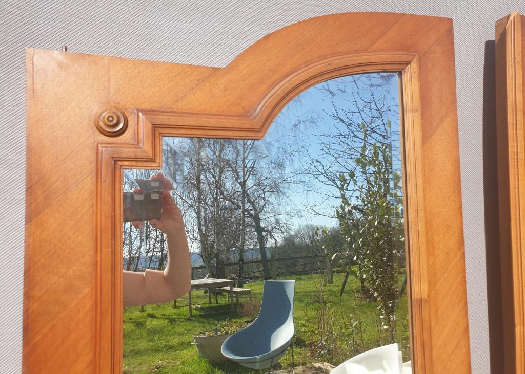 Paire de miroirs de portes 1900 biseautés - 120 euros