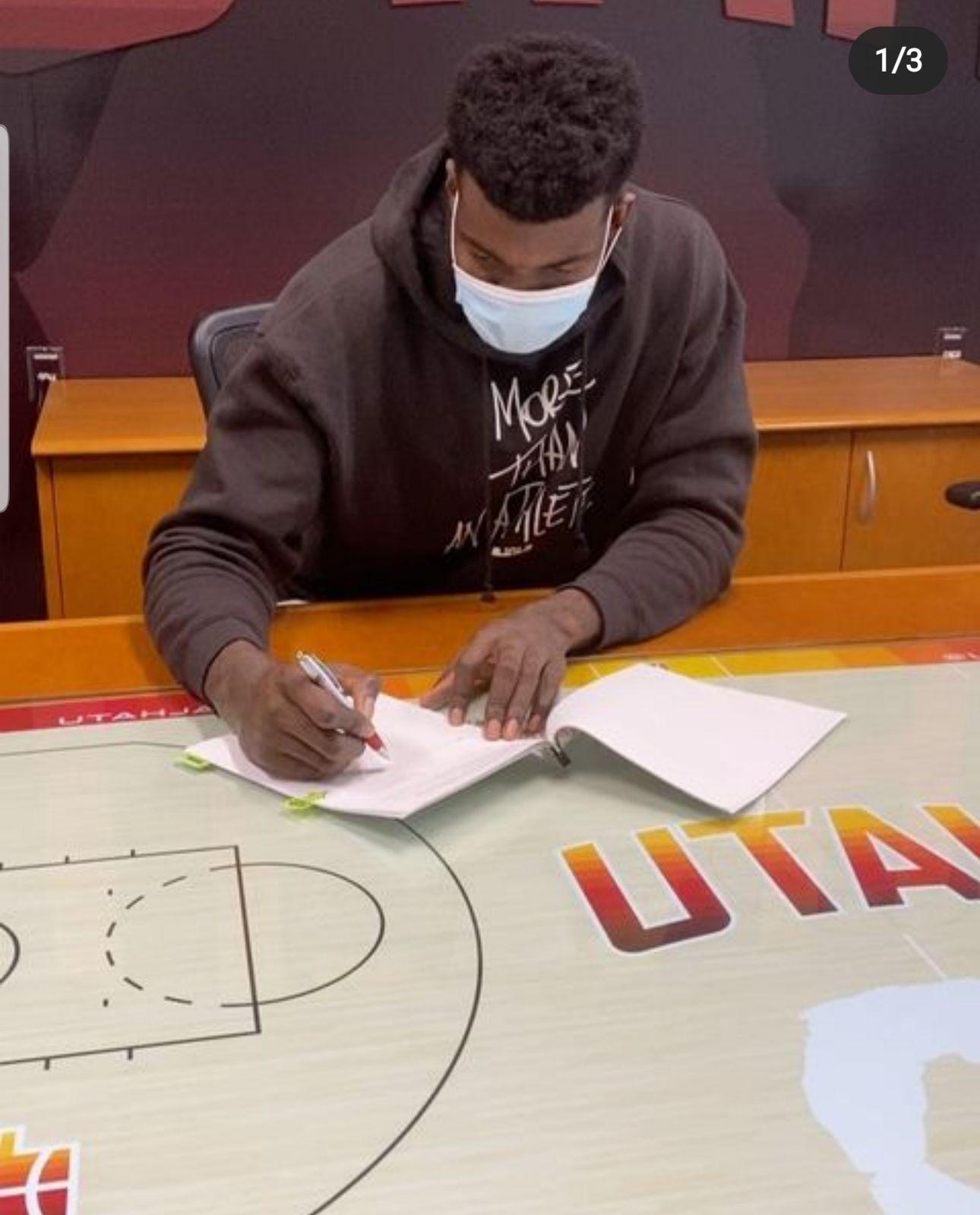 Udoka Azubuike signe un contrat rookie de quatre ans avec le Jazz !