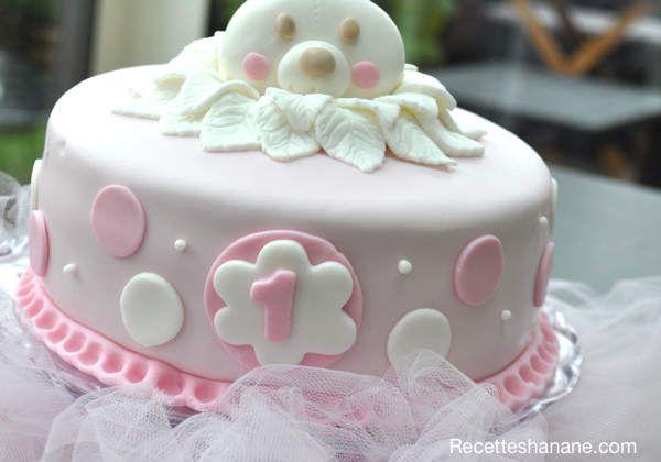 Gâteau d'anniversaire pour bébé fille