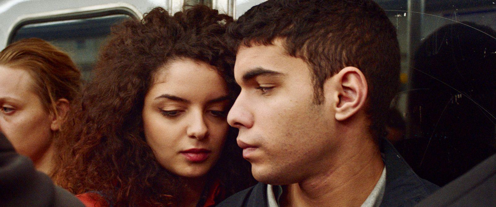 Une histoire d'amour et de désir (BANDE-ANNONCE) de Leyla Bouzid - Le 1er septembre 2021 au cinéma