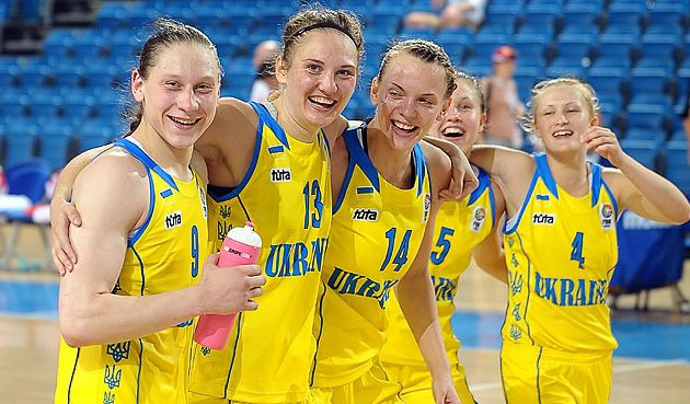 Ch. Europe U20: Alina Lagupova réalise un triple-double