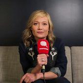 Qoulisses : l'interview FEMINISTE de Caroline Vigneaux - Quotidien avec Yann Barthès | TMC