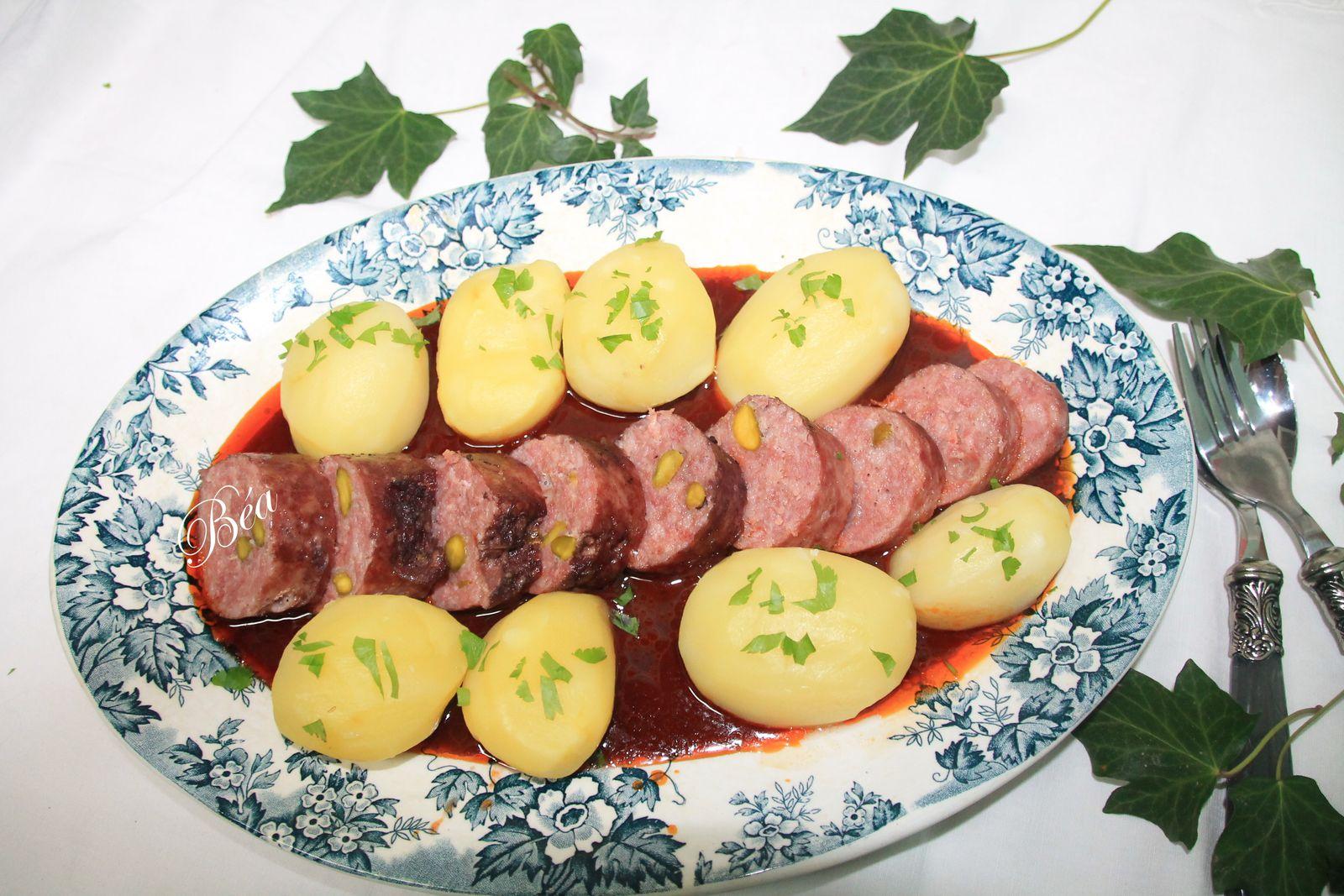 Saucisson de Lyon pistaché sauce vigneronne