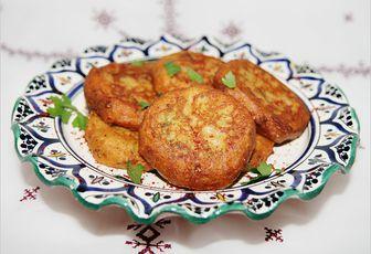 Beignets d'aubergines et pomme de terre (Maakouda)