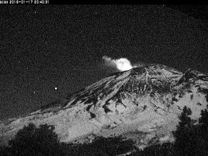 Popocatepetl - respectively on 17.01 at 20:40, on 18.01 at 01:53 and 11:58  - webcams CENAPRED