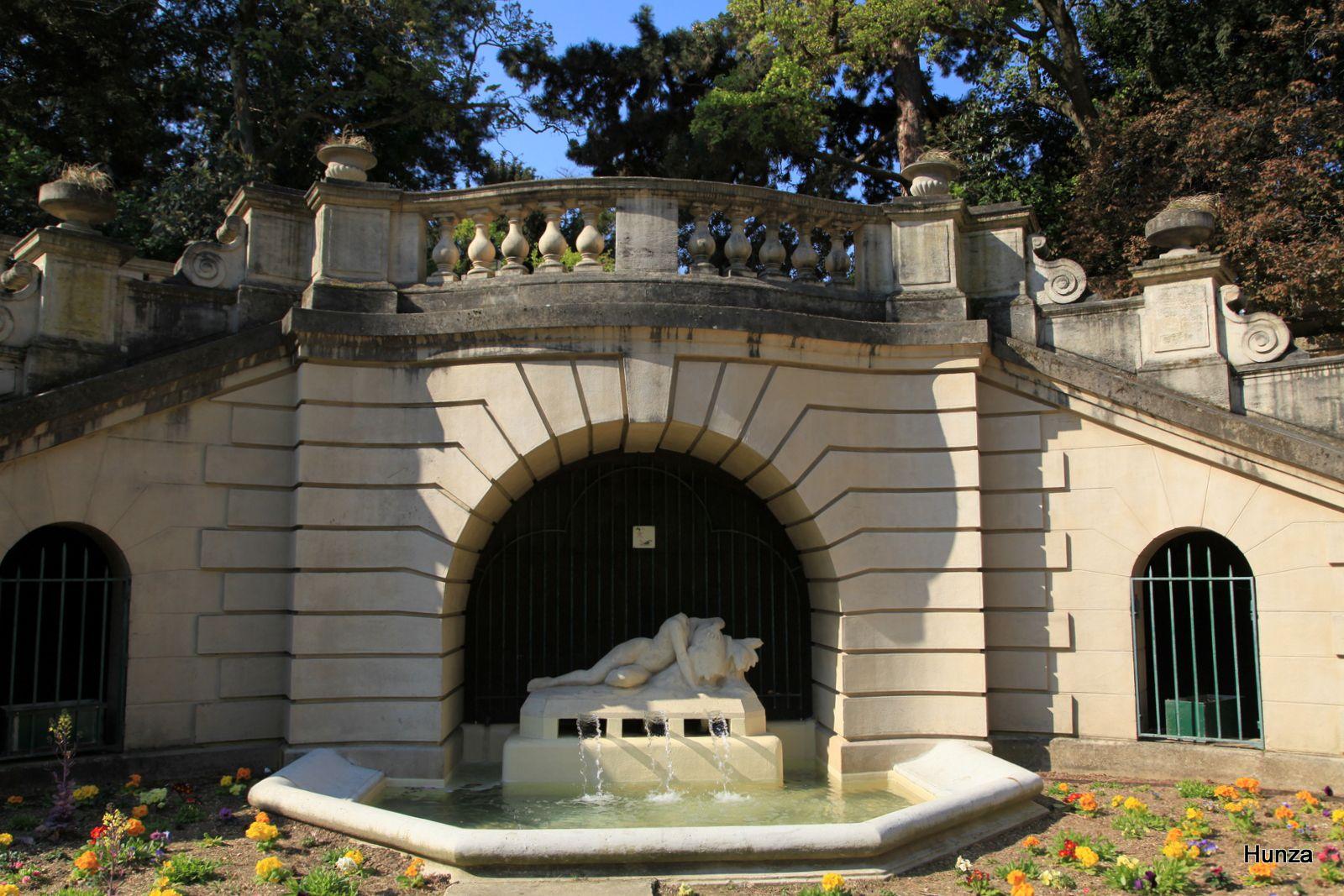 Paris, fontaine du square Capitan