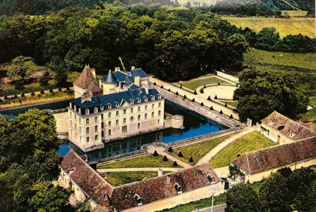 Domaine agricole et château de BOUSSAY à Boussay (Indre-et-Loire)