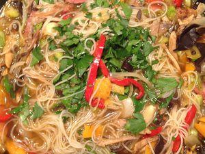 soupe de nouilles chinoise aux restes