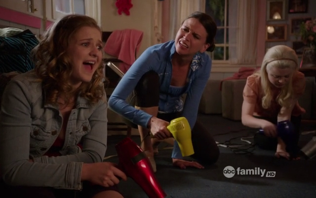 Critiques Séries : Bunheads. Saison 1. Episode 7. What's Your Damage