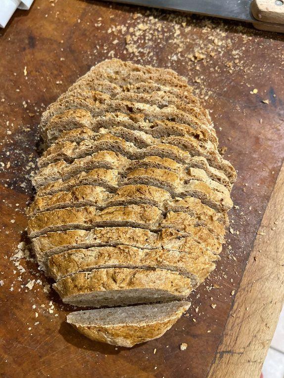 Pain complet maison à la machine - wholemeal bread home made - 350/150