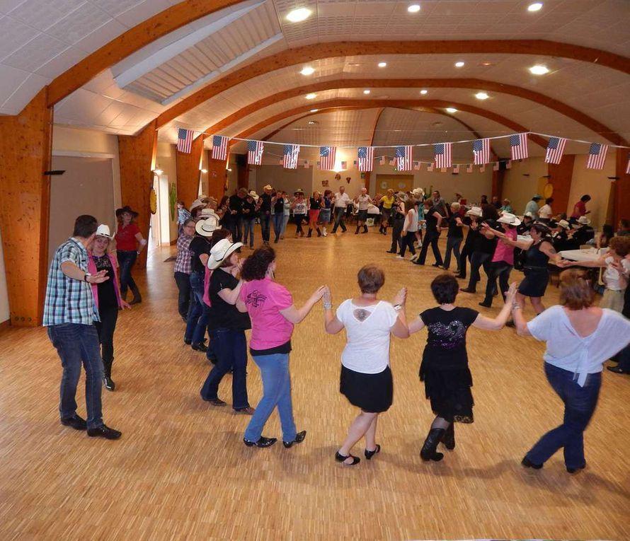 Workshop catalan animé par Fatima Ouhibi ( Faty 94 )  bal animé par Magali, très belle après midi et soirée de Country des danses pour tous