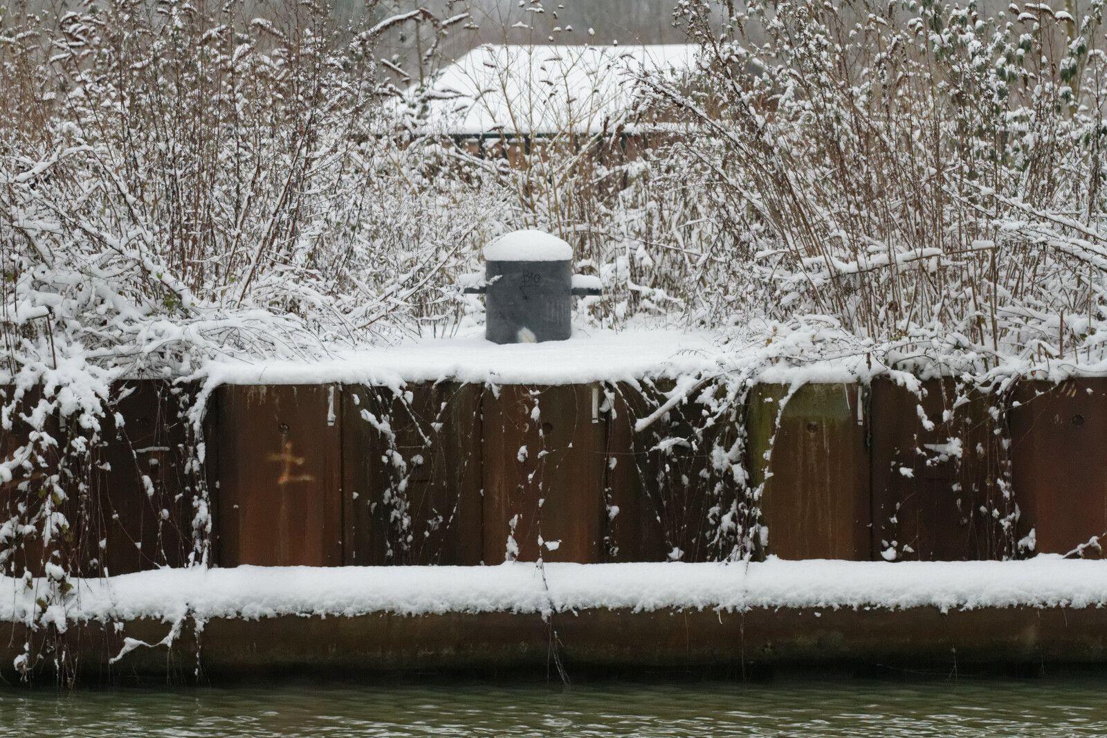 43 - Que de neige au canal de la Marne : 19/01/2013