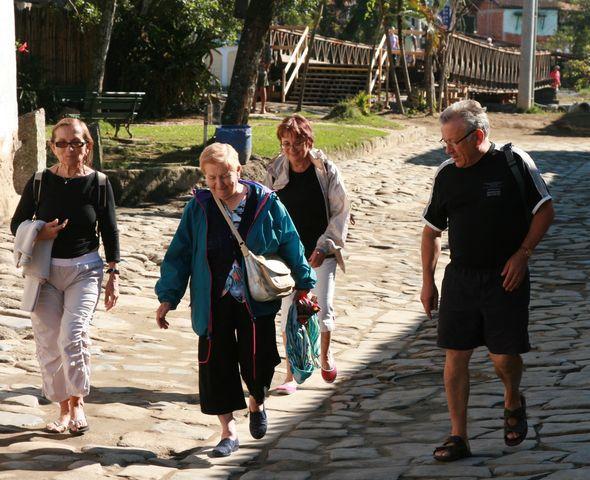 le bonheur d'une belle rencontre, suivi d'une belle ballade sur l'eau, à Parati, Brésil