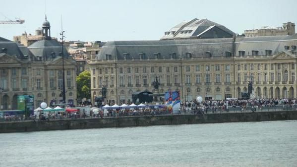 Juin 2008, sur les quais de Bordeaux.